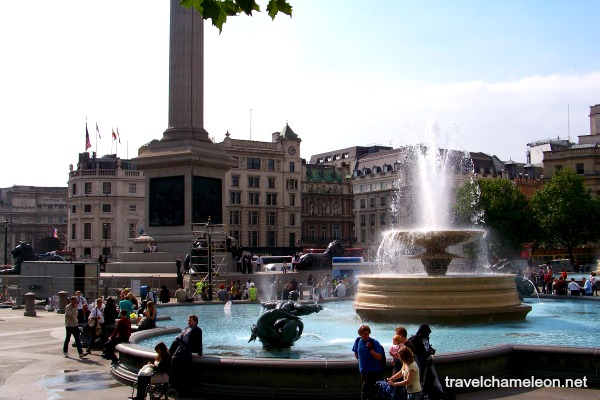 An afternoon scenery in Trafalgar Square.