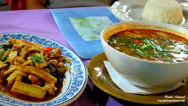 Spicy tomyam to warm the tummy!