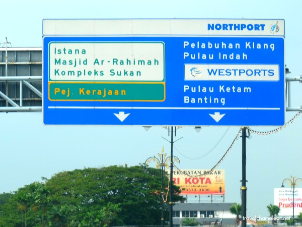 Look out for the signboards directing you to 'Pulau Ketam'.