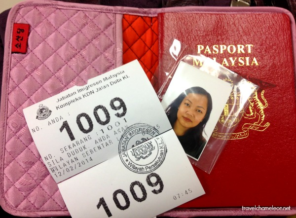 Prepare all the necessary documents before renewing the passport.