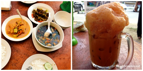 Teh madu is the reason why people flock to Warung Pat Mat Pulau Pisang.