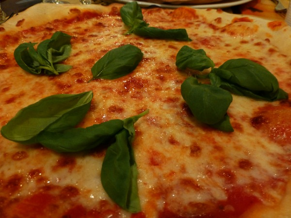 Vegetarian Pizza in Rome (photo by Gigi Griffis)