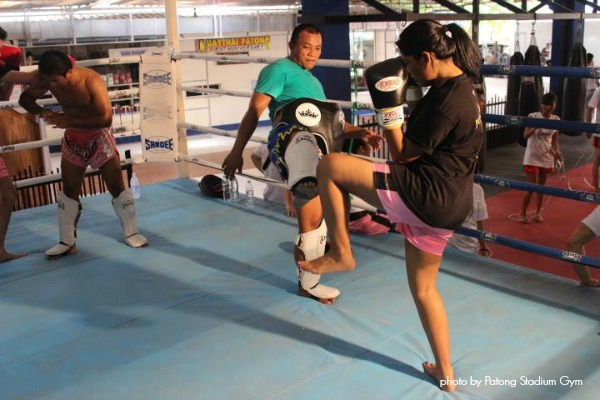 Learning how to spar with the trainers before the fight.
