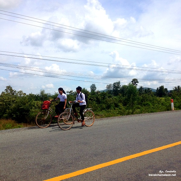 School children making their way home in Kep.