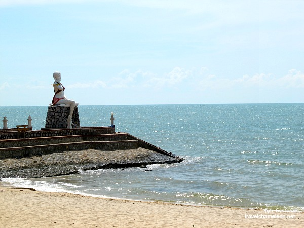 Mermaid statue at Kep Beach.