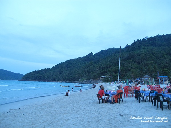 Pulau Perhentian Kecil (small island) with plenty of bars and beach restaurants.