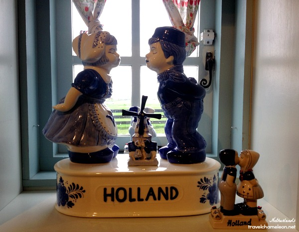 A kissing Dutch souvenir seen in the shop.