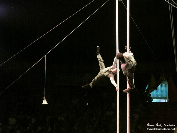 French performers on a Chinese pole during the TiniTinou Circus performance.