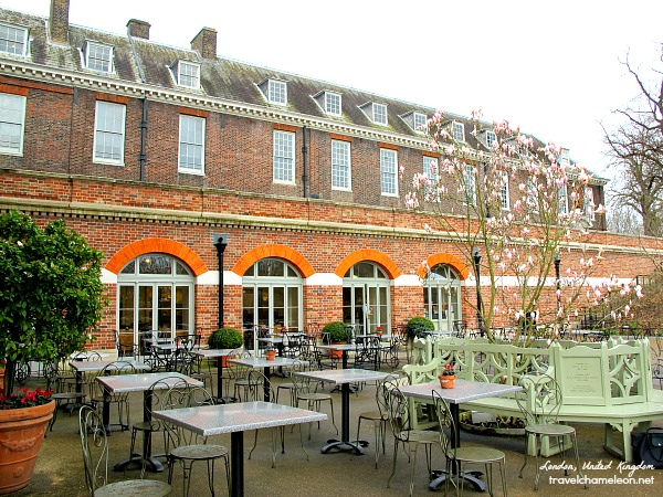 The lovely outdoor cafe outside Kensington Palace.