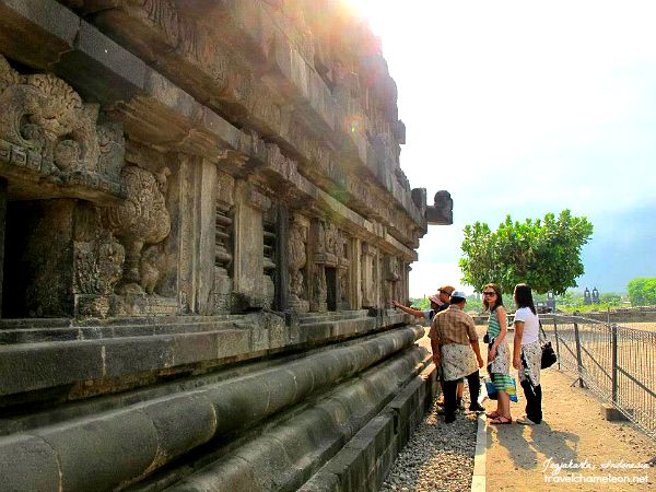 Getting to know the Prambanan Complex with our guide.