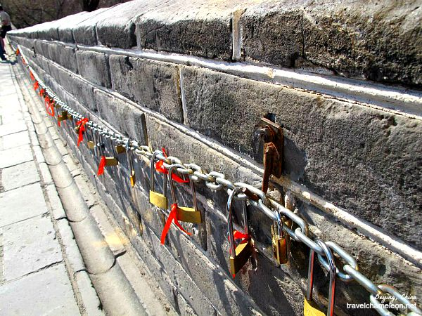 Locking up love at the Great Wall.