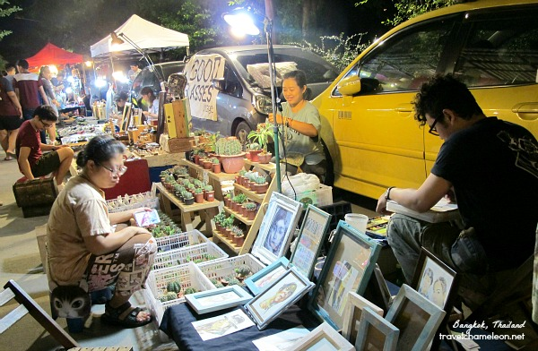 Walking anti-clockwise in JJ Green Night market to see rows of art inspired goodies.