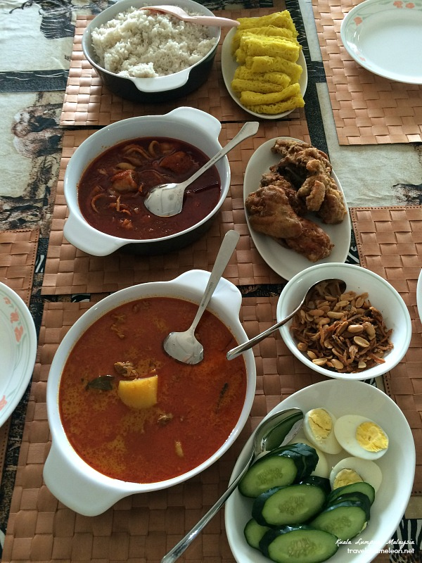 My mum made sure we we had our favorite food to eat during breakfast, before leaving to Phnom Penh.