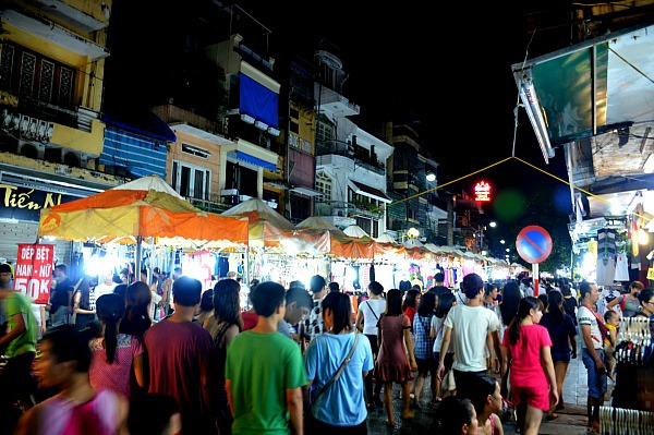 hanoi-night-market